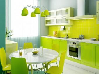Разнообразие на интериора с кухня в зелено