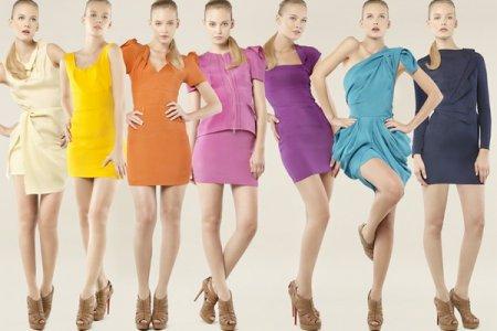 Как да изберем дрехи по цвят